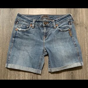 Silver jeans size 27 shorts